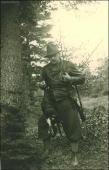 Tetrovec ID 56592 starý otec s úlovkom (archív)